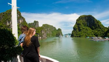 Vietnam At A Glance Super Save Package