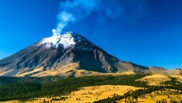 Volcanoes Day Tour