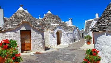 Walking In Puglia & Matera