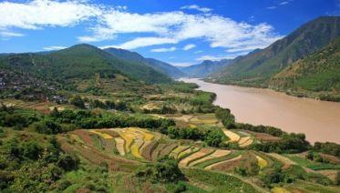 Wall, Warriors & Northern Laos Wanderer