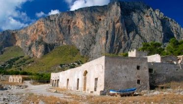 Western Sicily on Foot