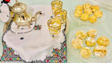 Women-Led: Online Moroccan Tea Ceremony with Traditional Cookies