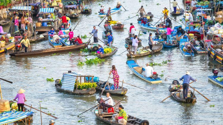 10-day Relaxing Vietnam Tour: Beaches, Bays & Deltas