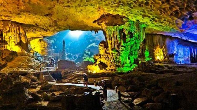 3 Day  to Halong Bay - Monkey Island Resort Group tour