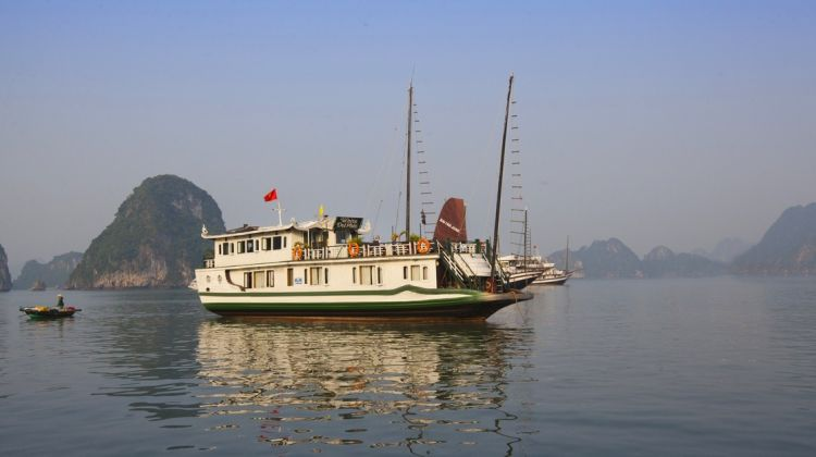 3 days Cruise on the Great Halong Bay