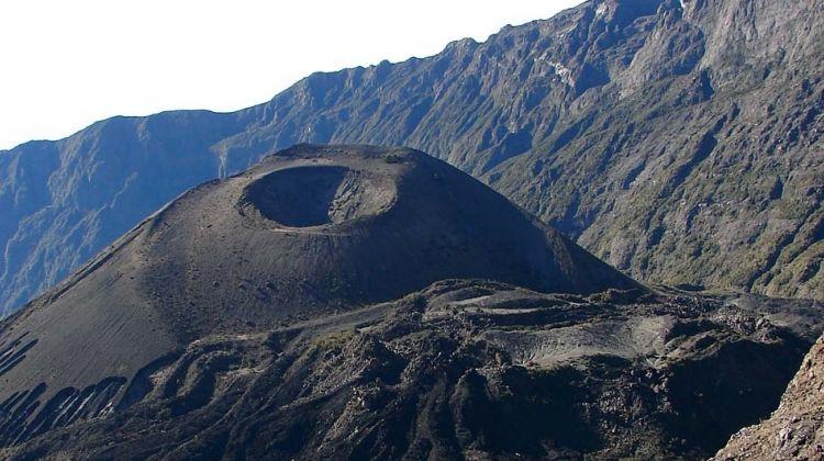 4-Day Mount Meru Trekking