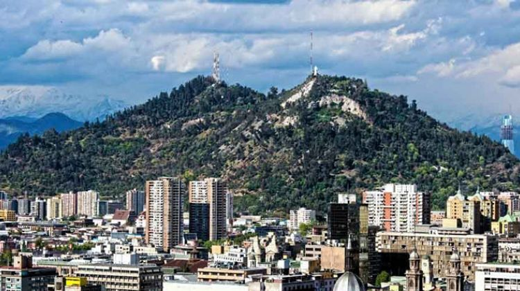 4 Hours Guided City Tour of Santiago