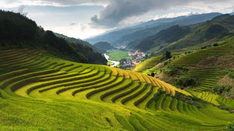 Absolute Vietnam Tour: Eighteen Days