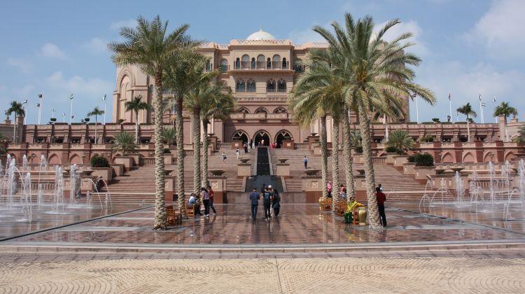 Abu dhabi City Tour With Ferrari World Ticket