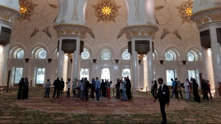 Abu Dhabi Full-Day Tour from Dubai incl Lunch