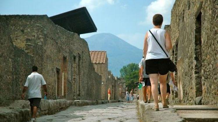 Amalfi Explorer