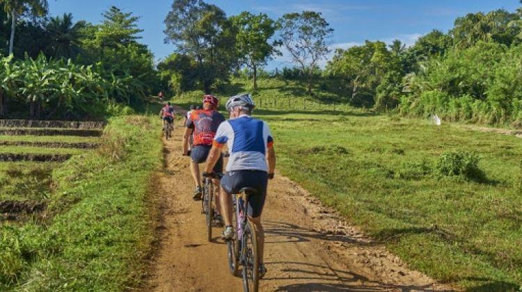 Amazing Sri Lanka On Bike