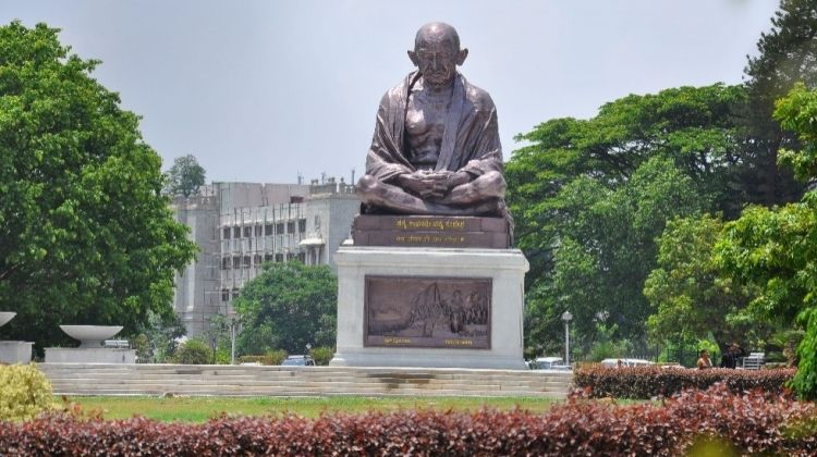 Architectural Wonders of Bangalore: A Sightseeing Tour