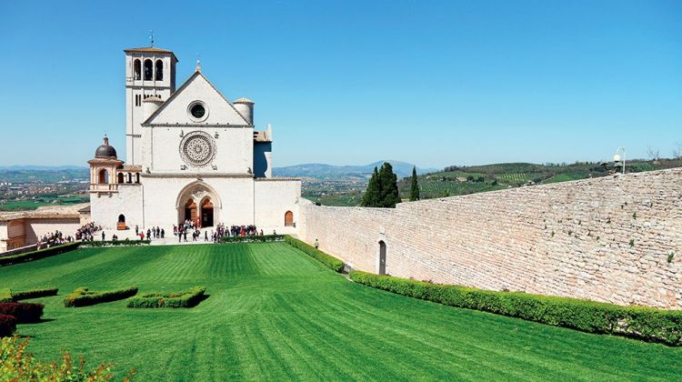 Assisi, Cortona & Perugia Tour from Siena