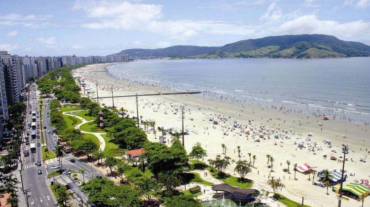 Beach tour to santos and guarujá