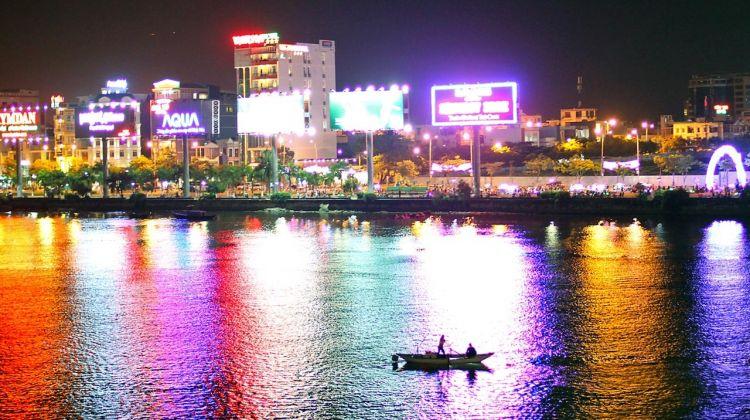Beautiful Da Nang at Night - 5 Hours Private Tour
