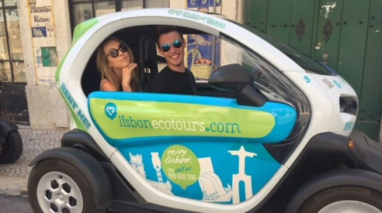 Belem&Downtown Tour by Electric Twizy Audio Guided 2 PAX
