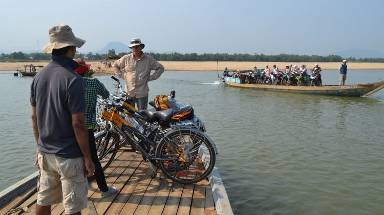 Bicycling Adventure in Traditionel Vietnam