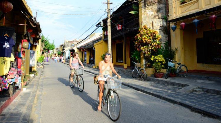 Bike around Hoi An 3 hours