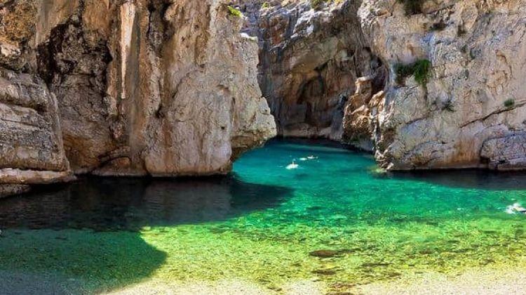 Blue Cave & 5 Island Safari