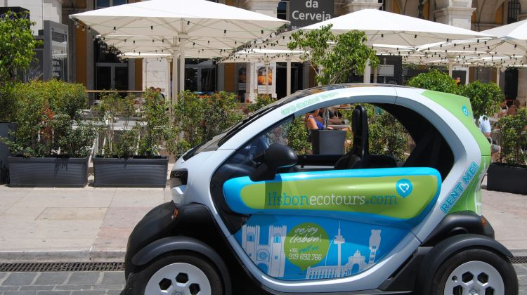 Bohemia tour lisbon in an electric car