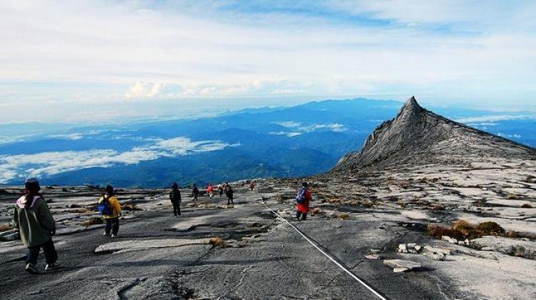 Borneo Encompassed