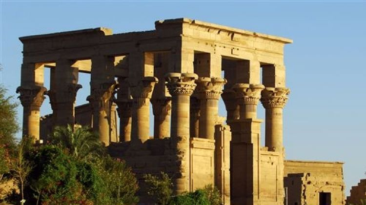 Budget Guided Day Tour - Visit Edfu Kom Ombo Temples