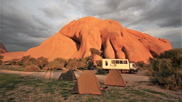 Cape Desert Safari - Southbound 11 Days