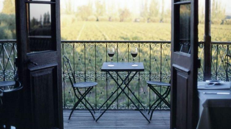 Charming Argentina: Buenos Aires, Andes, Wines & Glacier