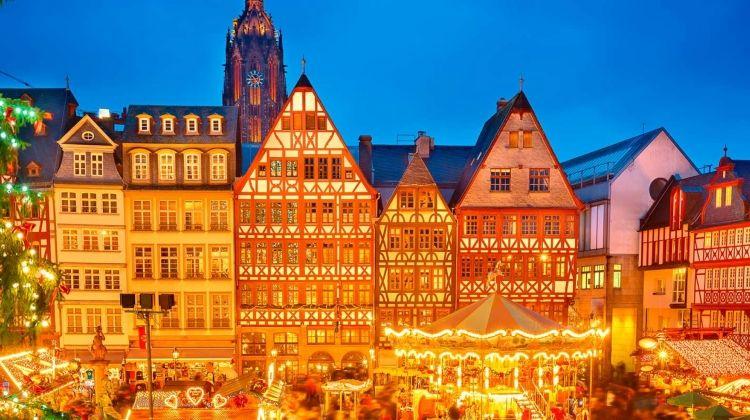 Christmas & New Year with Paris & Prague