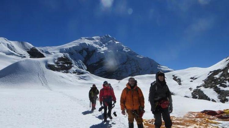 Chulu West Peak Climb