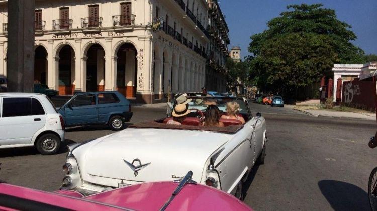 Classic 50's American convertible tour of Havana