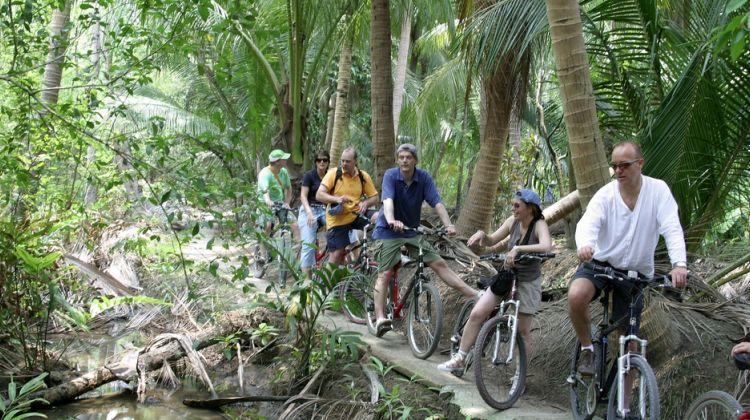 Colors of Bangkok - Bicycle Tour