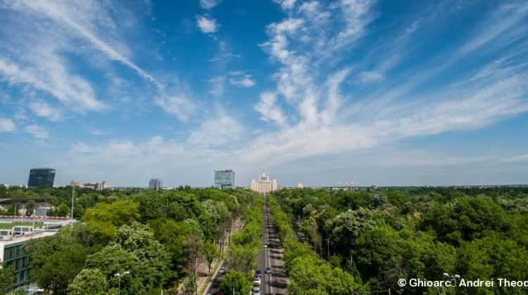 Complete Walking Tour of Bucharest