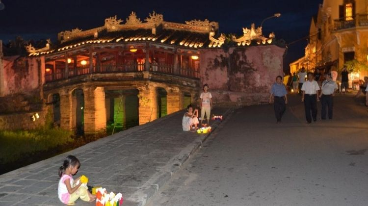 Cooking Class and Walking Tour: Hoi An