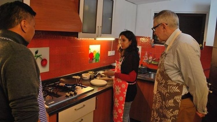 Cooking Tour in Delhi with Market Visit