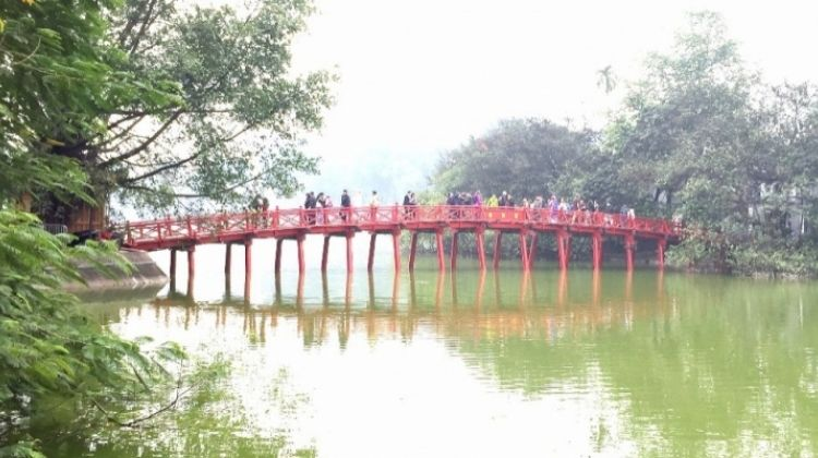 Crowd-free Hanoi: Morning Highlights