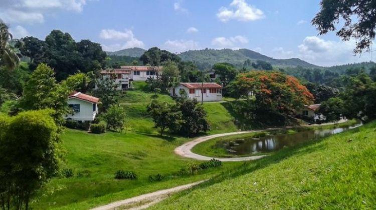 Cuba Multisport: Bike, Kayak, and Hike