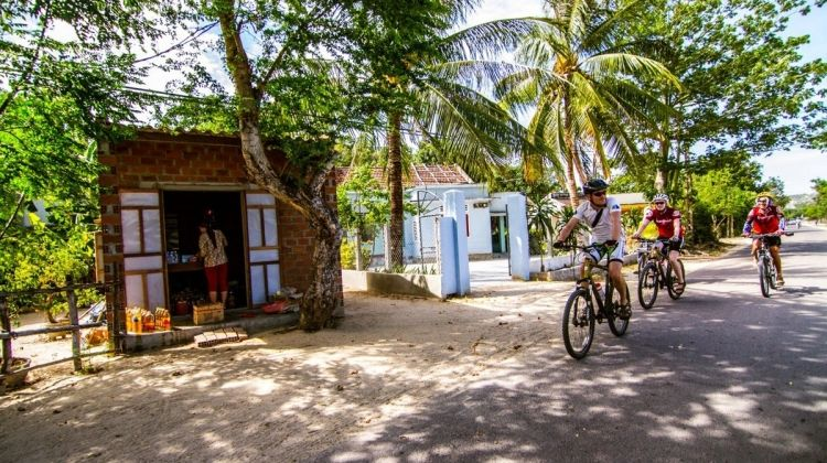 Cultural Road from Hoi An to Siem Reap
