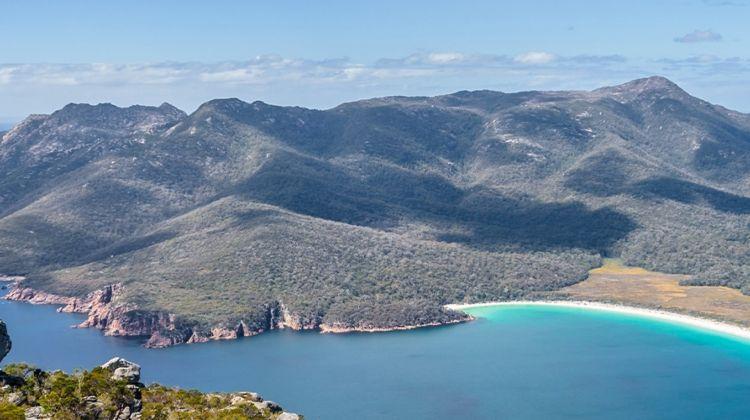 Cycle Tasmania's South East Coast