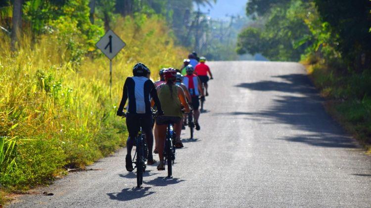Cycle the Back Roads of Sri Lanka