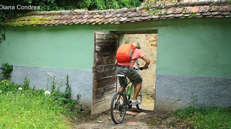 Cycling Tour in Transylvania's Villages