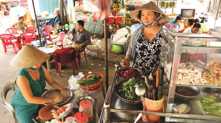Da Nang Food Devotee - 3 Hours Private Tour