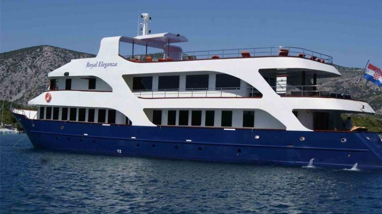 Dalmatian Coastal Cruising - Dubrovnik to Sibenik