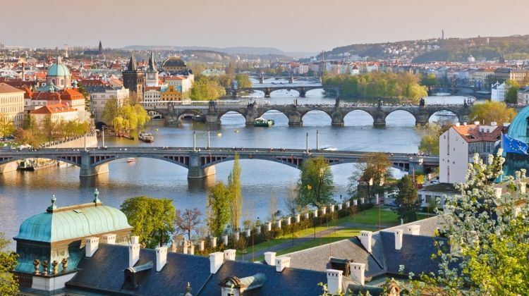 Danube Christmas Markets with Prague