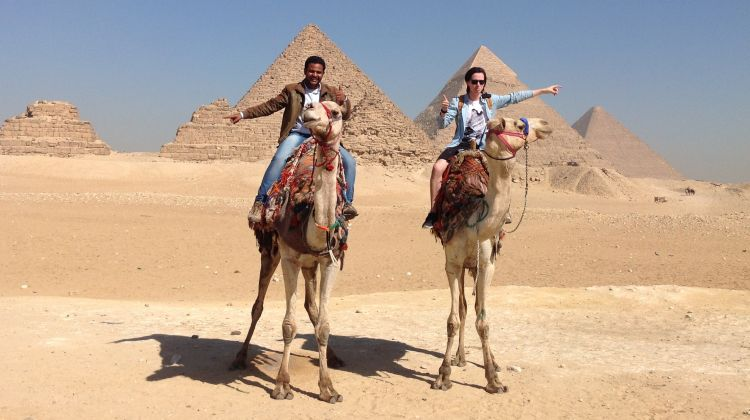 Day Tour to Giza Pyramids, Memphis and Sakkara
