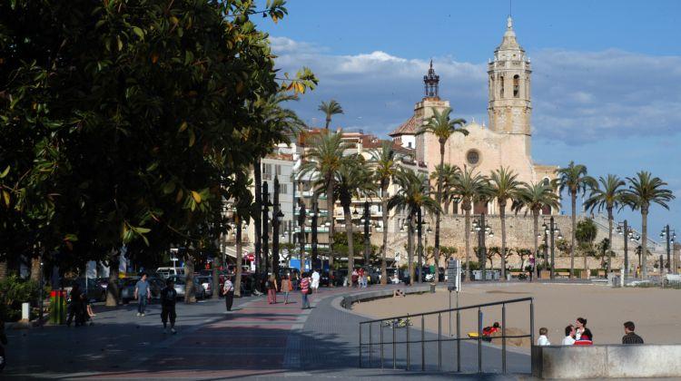 Day Tour to Torres Wine Cellars, Montserrat & Sitges