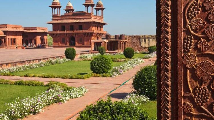 Delhi to Colombo - 15 days