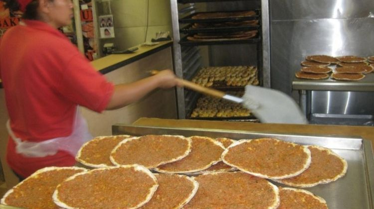Dine in Diversity: LA's Multicultural Food Tour