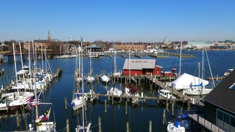 Discover Annapolis on An Ecruiser
